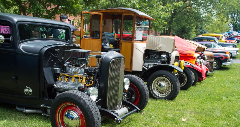 Cedarhurst Classic Car Show